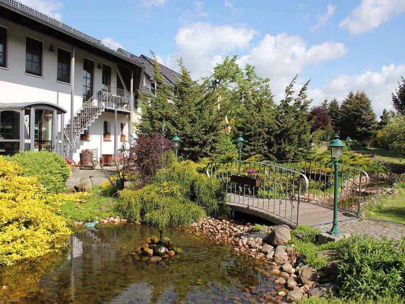 Ferienwohnung mit Wellness, holiday rental in Schmogrow Fehrow