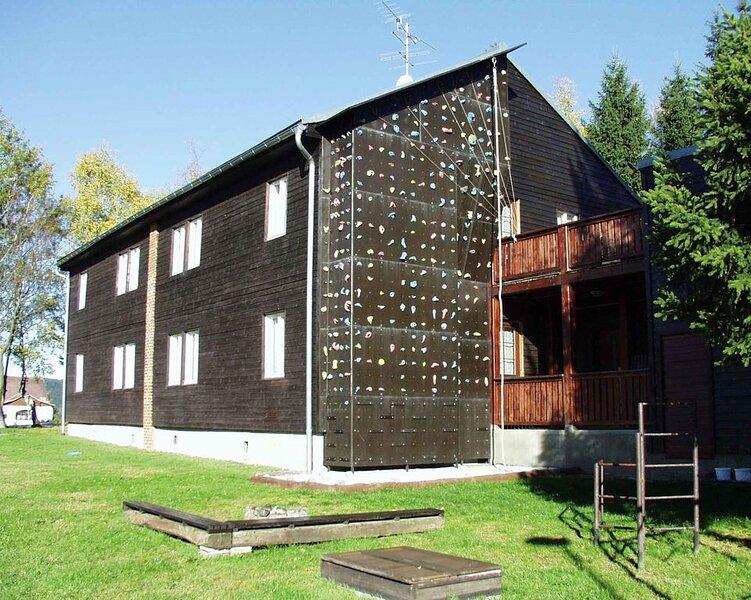 Ferienwohnung in Bergbaude XL, holiday rental in Jachymov