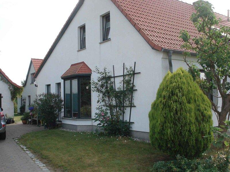 Ferienhaus mit Garten und Terrasse, 800 m zum Strand, alquiler de vacaciones en Gustow