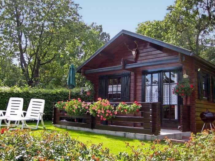 Hütte mit Terrasse und Garten, casa vacanza a Lauterbach