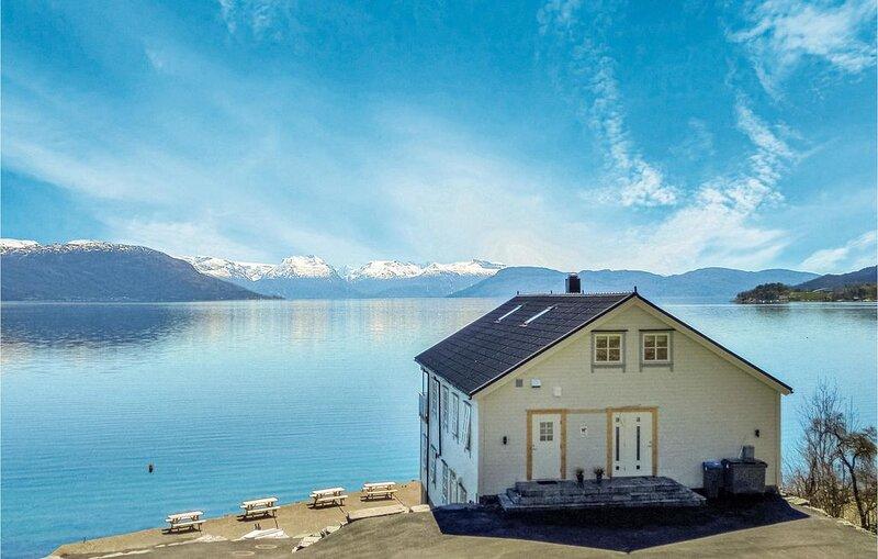 3 Zimmer Unterkunft in Strandebarm, location de vacances à Jondal Municipality