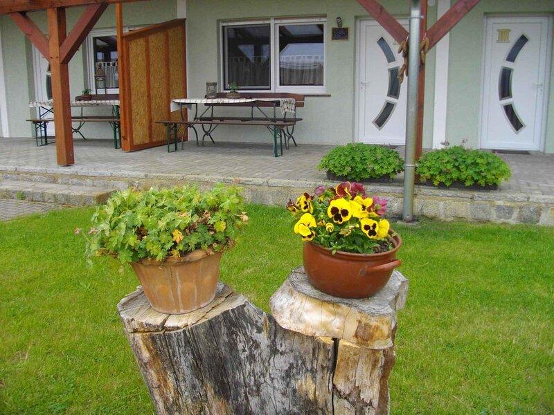 Ferienwohnung auf einem Pferdehof, holiday rental in Schmogrow Fehrow