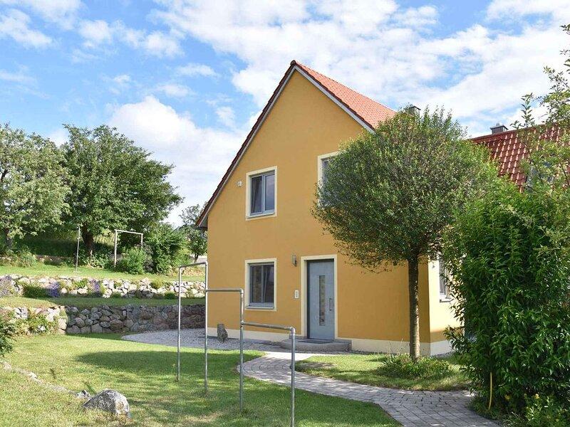 Ferienhaus mit Panoramablick, location de vacances à Waldthurn