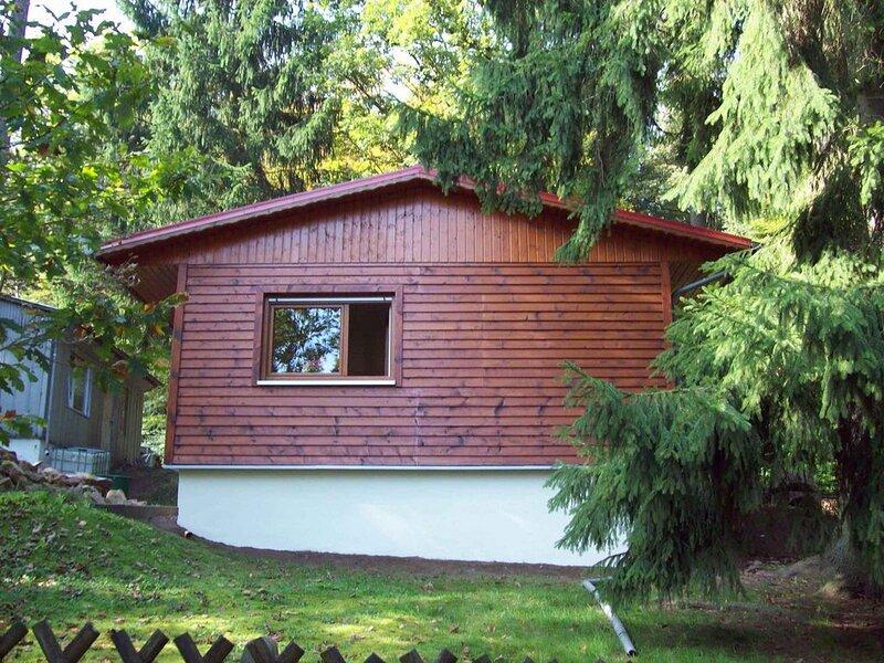 Ferienhaus mit Garten am Wald, location de vacances à Wutha-Farnroda