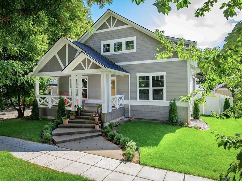 Walk Everywhere! Luxury 5-Star Craftsman Home In Sought After Fort Grounds, alquiler vacacional en Coeur d'Alene