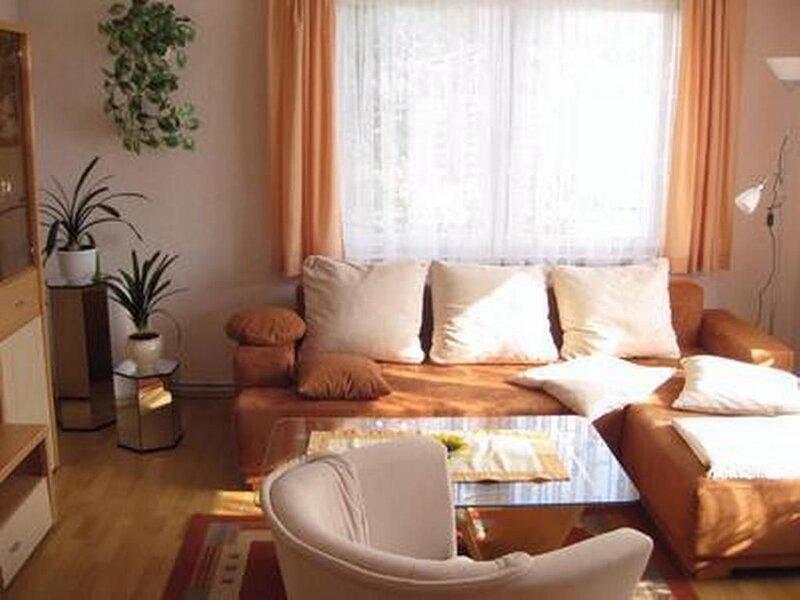 Ferienwohnung Wolgast für 1 - 4 Personen mit 2 Schlafzimmern - Ferienwohnung, location de vacances à Rubkow