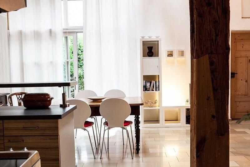 Ferienwohnung Schernfeld für 1 - 4 Personen mit 1 Schlafzimmer - Ferienwohnung, holiday rental in Treuchtlingen