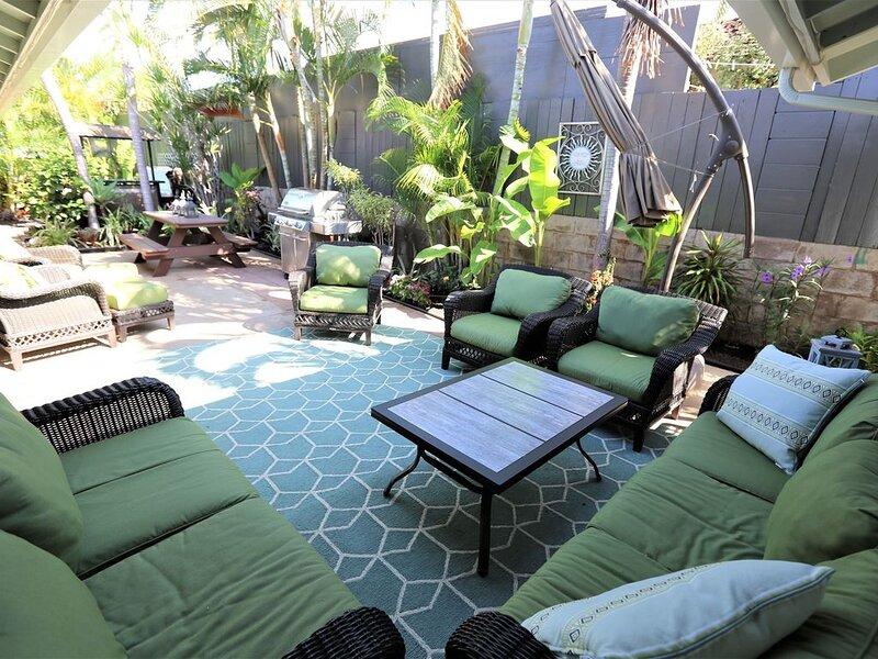 Remodeled House�Family-Friendly,Walk to beach,eateries,park,shops,hot tub,AC, alquiler de vacaciones en Kihei