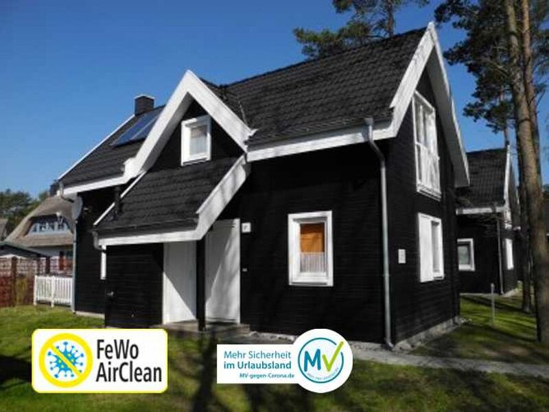 Ferienhaus mit Kamin, Infrarotsauna,  WLAN, Waschmaschine, Terrasse, holiday rental in Neuenkirchen