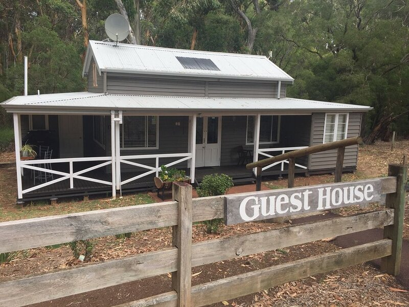 Chestnut Brook Guesthouse, vacation rental in Margaret River