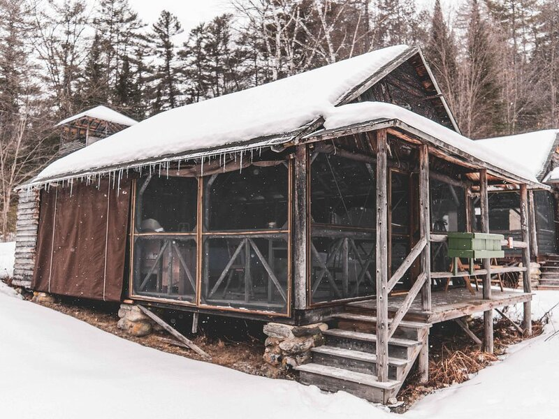 Rustic Adirondack Cabins on Lake Ogontz, holiday rental in Haverhill