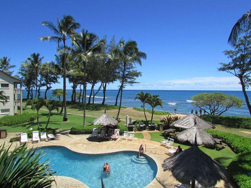 Beautiful Oceanfront Resort, Direct Oceanfront 149, alquiler de vacaciones en Kapaa