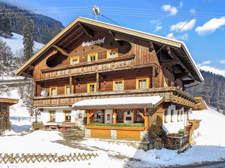 Ferienwohnung Schoberhof (MHO799) in Mayrhofen - 14 Personen, 6 Schlafzimmer, location de vacances à Schwendau