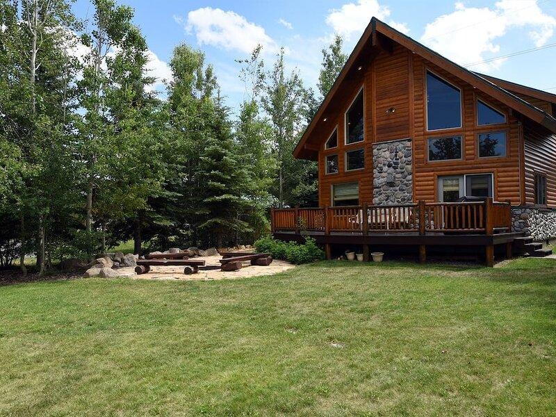 Mountain Lion Lodge- Near Yellowstone!, aluguéis de temporada em Island Park