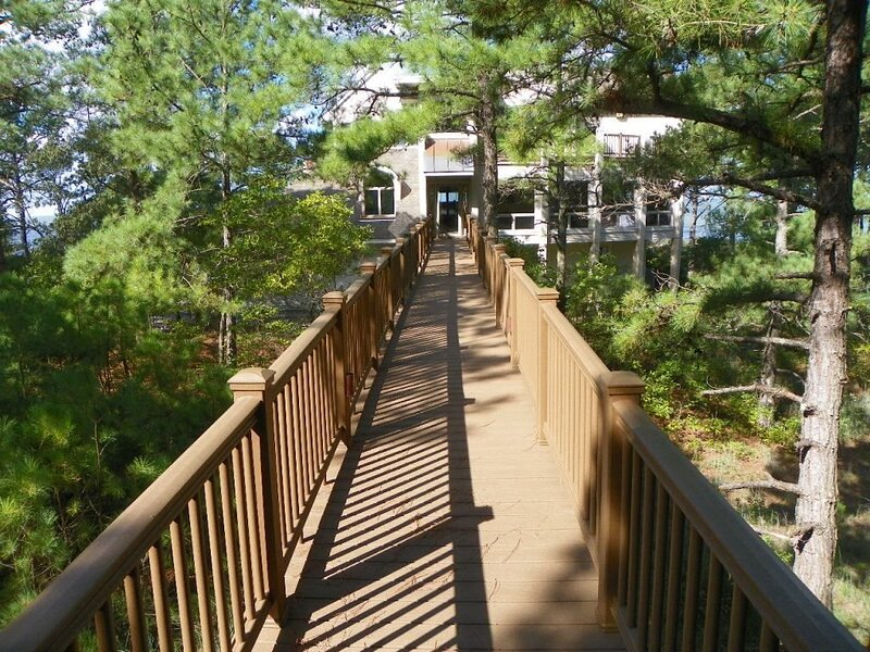 DUNE BRIDGE-Breathtaking Bay & Sunset Views From The Deck and Almost Every Room., holiday rental in Cape Charles