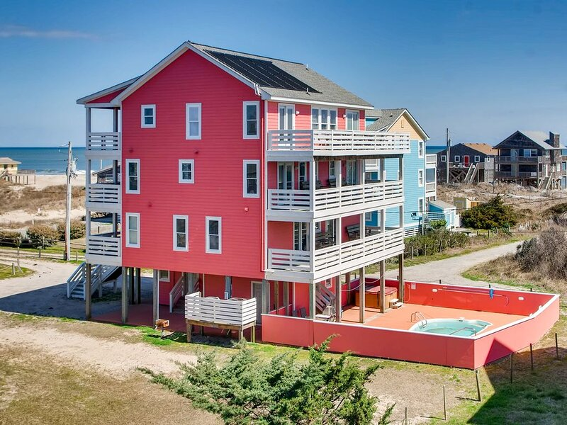 Breathtaking Ocean Views w/Solar Htd Pool, Hot Tub, Elevator, Theater & Game Rms, casa vacanza a Rodanthe