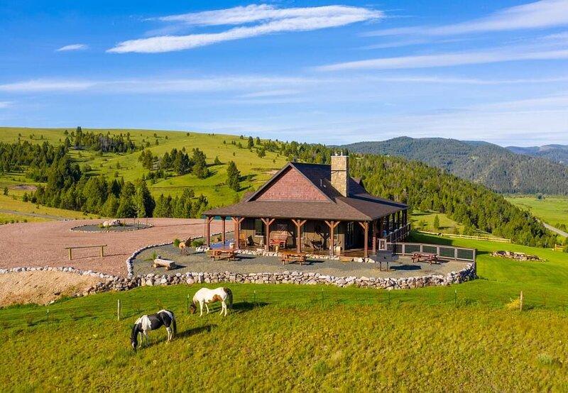 Elk View Homestead, holiday rental in Philipsburg