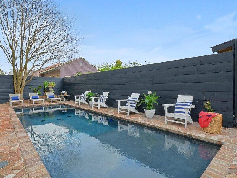 Garden District Oasis  on Magazine | Pool and Heated Spa – semesterbostad i Marrero