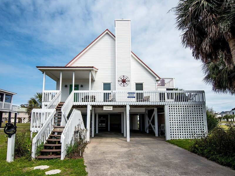 Pop Pop's Place - Ocean Views, Screened Porch, vacation rental in Edisto Island
