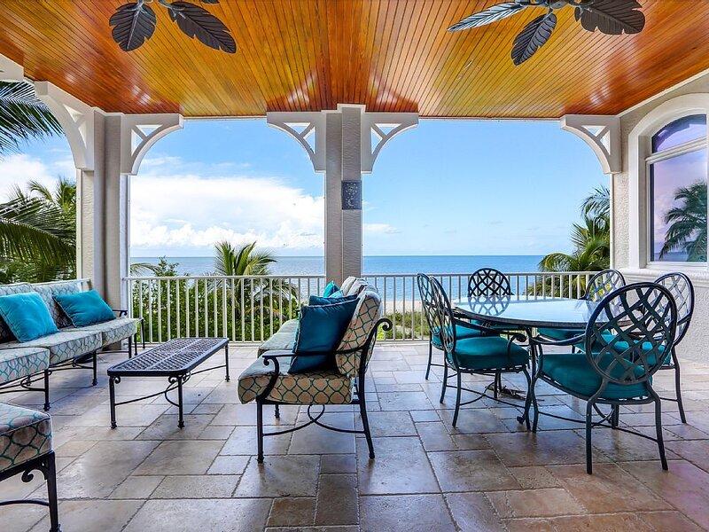 Sea Medallion-Luxurious 6 bedrooms & 8 bathrooms with pool on Bonita Beach,, casa vacanza a Bonita Springs
