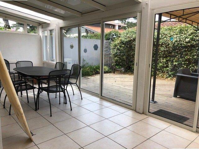 La villa Coccinelle, havre de paix à deux pas du Port  et  des Plages, holiday rental in Capbreton