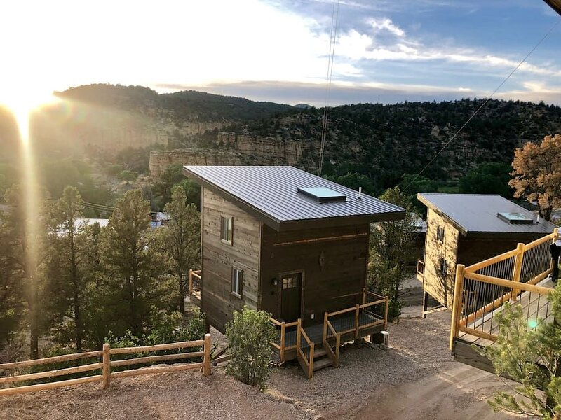 Treetop #3 at East Zion Resort, holiday rental in Mount Carmel