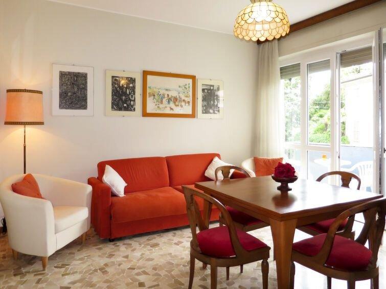 Ferienwohnung Garibaldi (MGN145) in Maccagno - 6 Personen, 2 Schlafzimmer, holiday rental in Agra