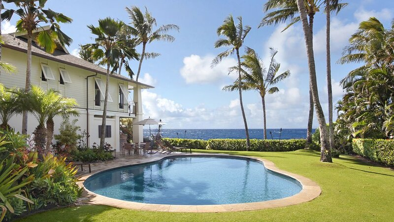 SPECTACULAR OCEANFRONT VIEWS & PRIVATE POOL & AC!, vacation rental in Kekaha
