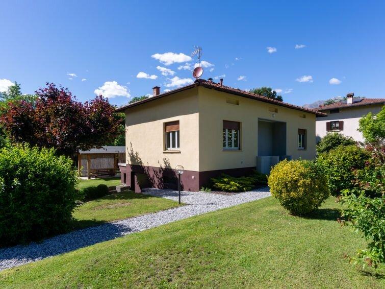 Ferienhaus Villa Zaferina (CCO113) in Colico - 6 Personen, 3 Schlafzimmer, vacation rental in Olgiasca