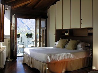 Il Molo Family friendly two steps from the lake private parking confortable cozy
