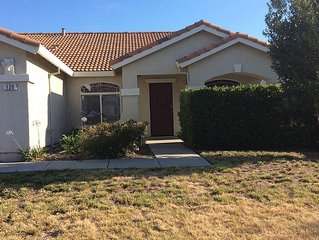 Spacious Home/ Close to Northern California Entertainment/Easy Access to Airport