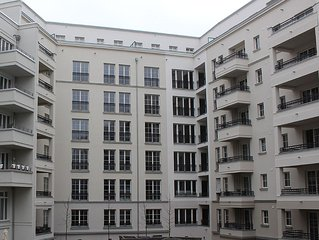 Berlin-Mitte (Downtown) New High Standard Apartment In A Quiet, Central Location