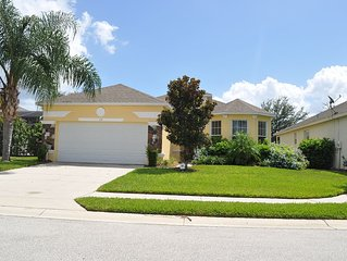 Very Beautiful 4 Bedroom Villa With Lots of Upgrades. Located in Nice Community
