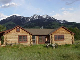Beautiful Custom Log Cabin w/Creek on 12 acres Near Yellowstone with Hot Tub