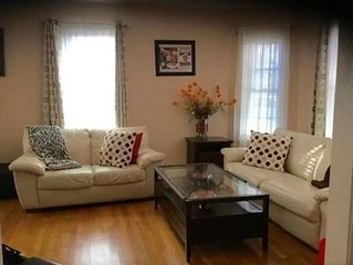 4 Bed Room Entire Home + 2 drive way parking