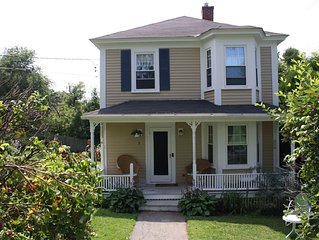 Charming 3 BR family home, a short walk away from Dock Square.