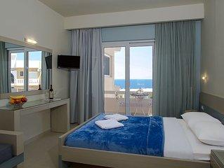 Villa Alexander Modern Studio, Close To Beach, Seaview & Swimming Pool
