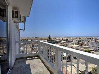 Fabulous Salinas Oceanfront Penthouse Suite