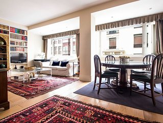 Luxury home situated in the very best area of Madrid,Salamanca distric.