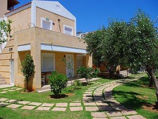 Beautiful House 'ELEA 4' Near The Sea