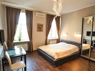 self catering stylish suite for business and leis