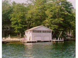 3 Bedroom Boathouse On Paugus Bay Lake Winnipesaukee