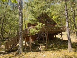 Woodland Cozy Catskills Cabin