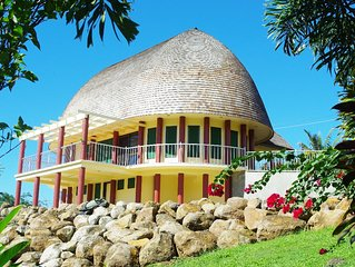 Spectacular traditional FALE hidden in the Highlands above Apia