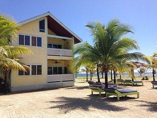 Las Palmas Beachfront Villas, Roatan Bay Islands, Honduras