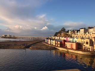 Capitola Village on the Oceanfront 2 Bedroom Panoramic views of the Monterey Bay