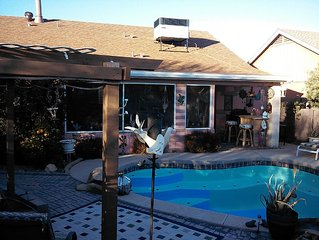 #3 Bd. 2 Blocks From Cardinals Stadium And Dodgers Park and Desert Diamond casin