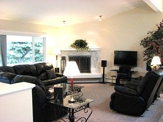 Family Friendly, Great SW Location, Sits on 1/2 an Acre, Mountain Views!