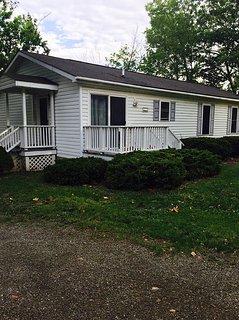 Kiri's Lakefront Cottage on Seneca Lake