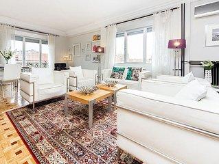 Luxury Tech Madrid Castellana Bernabeu Executive Penthouse For Up To 6 People